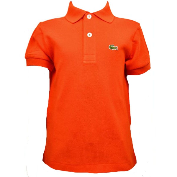 kids' golf polos Help your young athlete stay comfortable on the course in Nike kids' golf polos. Nike polos provide a breathable fit and Dri-FIT technology that wicks away sweat, and come in both standard and slim fits with the option for blade or classic collars.